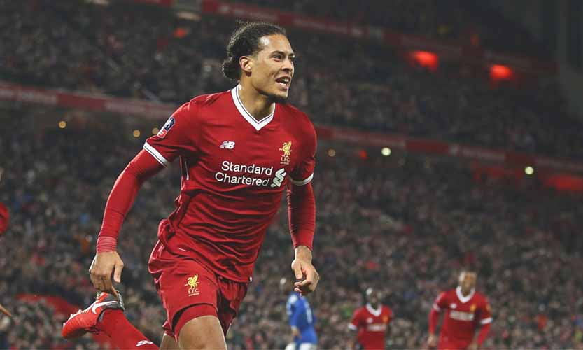 van-dijk-liverpool-run